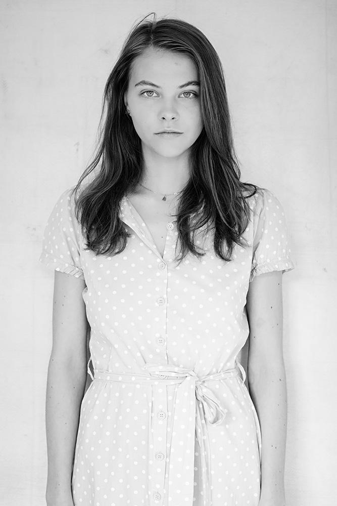 Grey_Dress_Barbora_006v